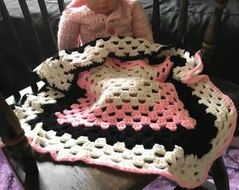 Rocking Granny Square Crochet Baby Blanket