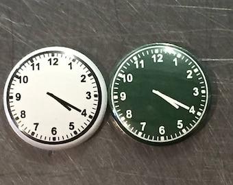 """4:20 clock face 1"""" pin/magnet"""