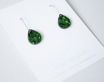 Rain drop small dangle / drop earrings   Green glitter   Laser cut acrylic   Handmade