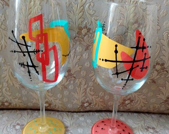 Set of two large 20 oz wine glasses handpainted in a cool mid century design!