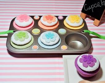 Handmade Cupcake Set -6 flower cupcakes. Felt Food, Felt Cupcake, Felt Toys, Toy Food, Tea Party toy, Learning toy, Educational Toy, Rainbow