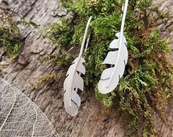 Beautiful Handmade 925 Sterling silver feather earrings/earring