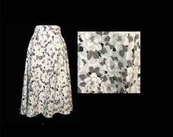 Vintage Skirt, 1950's, Full Skirt, Floral Print, Gray and White, Calf Length, Small
