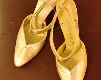 ON SALE Vintage couture gold heels Marie Paule