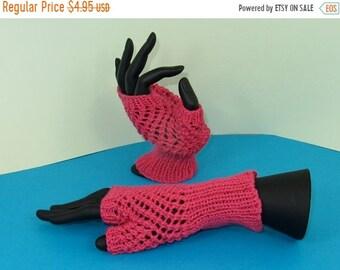 HALF PRICE SALE Instant Digital File pdf download knitting pattern - Easy Lace Fingerless Gloves pdf download knitting pattern