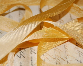 Buttercup Yellow Vintage Seam Binding Ribbon