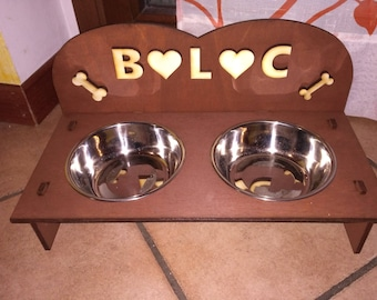Custom wooden bowls for dogs and cats