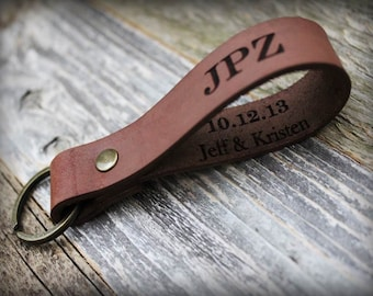 Personalized Leather Key Fob - Leather Keychain - Custom Text - Dad Gift - Custom Keychain - Personalized Gift - Husband Gift - Anniversary