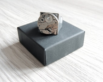Men's Steampunk ring // watch movement ring // men's adjustable ring