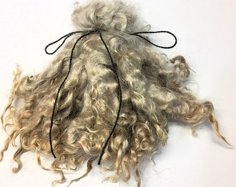 Natural Champagne - Kid Mohair Locks - Spinning Weaving Felting Doll Troll Hair - Undyed Natural Color - 1 oz