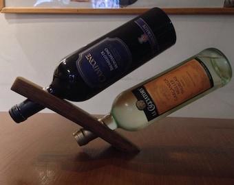Balanced wine rack