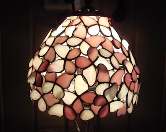 Butterflies Desk Lamp, Stained Glass Lamp, Tiffany Lamp art, Stain Glass Lamp Shade, Stain Glass Office Lamp, Bedroom Decor, Table Rose Lamp
