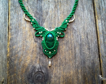 Macrame boho chic malachite necklace elven micro macramé jewelry by Creations Mariposa Ma1