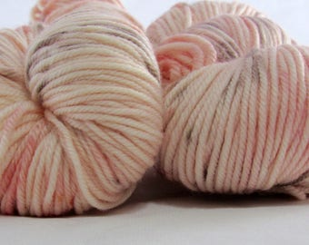 Charmed - She Spells Seashells - DK weight - 100g - 231 yards