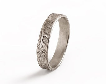 Leaf Ring, Sterling Silver Leaf ring, Oxidized Silver Band.