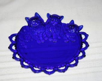 Vintage Westmoreland Cobalt Blue 3 Kitten Cat Trio Lace Plate