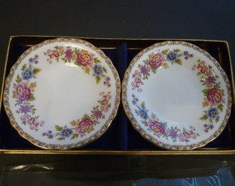 "ROYAL GRAFTON PLATES. Set of Two Royal Grafton ""Malvern"" Small Plates. Vintage English Bone China."