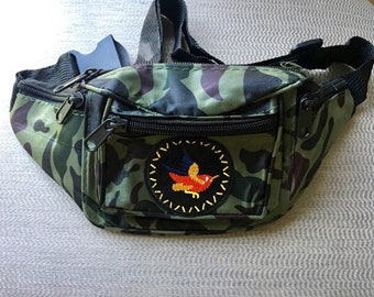 Camouflage red bird fanny pack
