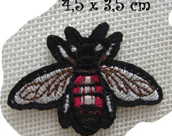 FLY WaSP Bee * 4,5 x 3,5 cm * Applique badge patch embroidered iron - iron