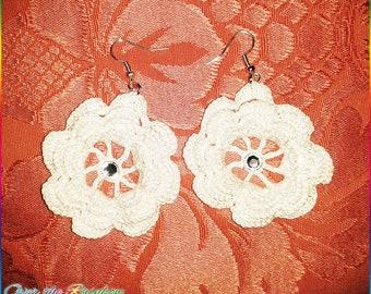 White Little rose Crochet earrings