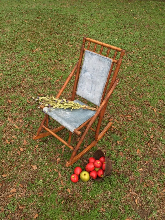 & Vintage Victorian Rocking Chair / Wooden Rocking Chair /