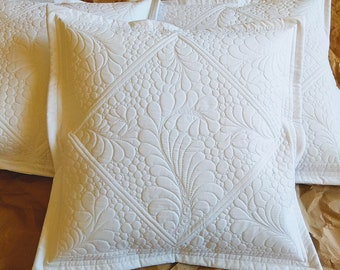 Quilted pillowcase, classic white, fits 50x50 cm pillow (20x20 inches)