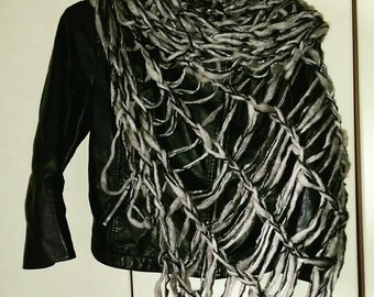 Shawl, scarf