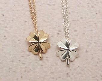 Clover Necklace, Flower Necklace, Leaf Necklace, Clover Jewelry, Flower charm, Leaf pendant, Minimalist Necklace, Geometry Necklace NB659