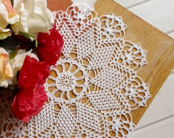 Large crochet doily White handmade crochet doily Large lace doily Crocheted doilies Vintage style decor elements Crochet tablecloth 336