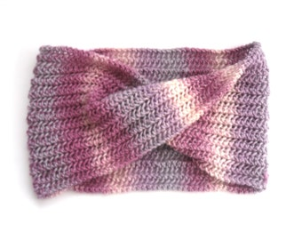 Pink Striped cowl scarf , UK seller , Chunky Lace Knit , Hand knitted in 100% wool,  Feminine Autumn / Winter accessory , Christmas gift