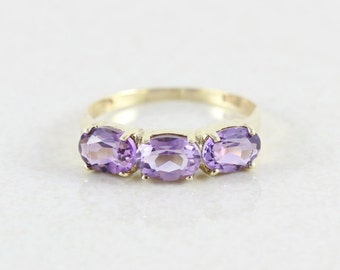 14k Yellow Gold Amethyst Band Ring Size 8 1/4