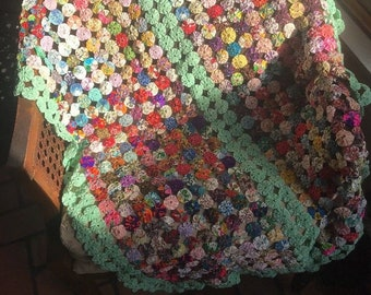 Yoyo Quilt Flour Sack Fabric Vintage Handmade Throw Table Topper