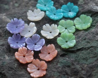 10pcs Carved Mother of Pearl Shell Flowers   - natural mother of pearl beads - color shell beads - MOP beads for jewelry design(BK1024)