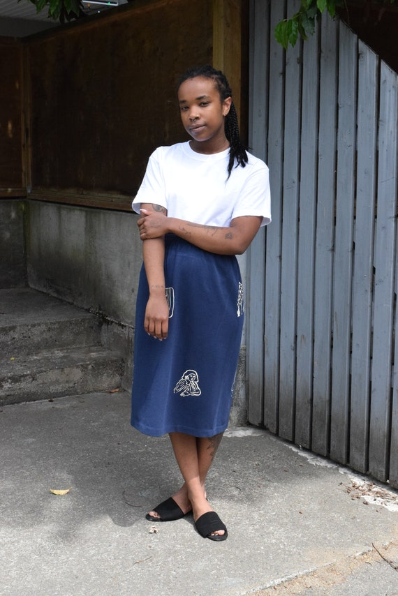Sola Navy Knit Skirt.
