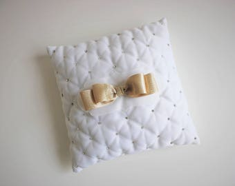 Quilted White Wedding Ring Pillow, Ring Bearer Pillow, Bridal Pillow, Wedding Ceremony Pillow, Ring Holder, Ring Cushion, Gold Ribbon