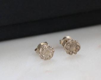 Sterling Stud Earrings - Dainty Circle Silver Stud Earrings