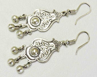 Sterling Silver Vintage Earrings Drop Dangle From Middle East