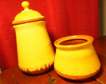 Canister flour, cookie or other. Beauceware pottery pottery Beauce