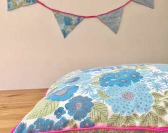 Cotton pillowcase, floral pillow, kids room pillow, pillow decor, baby pillow with blue flowers