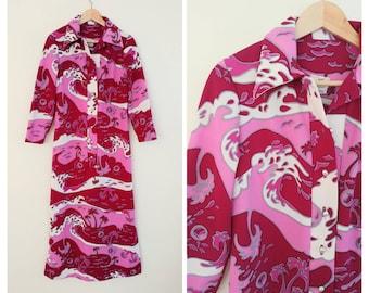 Vintage 1970s 70s Hawaiian Novelty Print Bold Color Pink Midi Dress