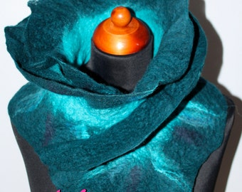 Handmade Merino Wool Felted Ruffle Teal Turquoise Blue Scarf Wearable Art