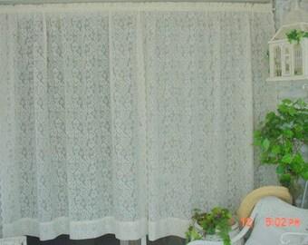 Beau Vintage Lace Curtains Cream Florals Romantic French Prairie Farmhouse Chic