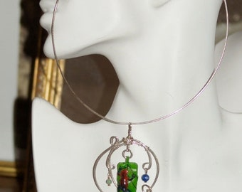 Ref.048/ Green hand carved tagua sterling silver pendant and choker.