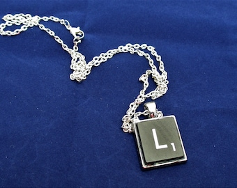 SCRABBLE INITIAL L NECKLACE with chain