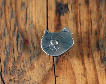 Cat Face Pin