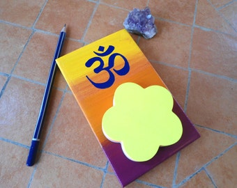 Om symbol sticky note holder - Om memo pad holder - Spiritual wooden plaque with sticky notes - Om gift - Om Stationary - New age gift