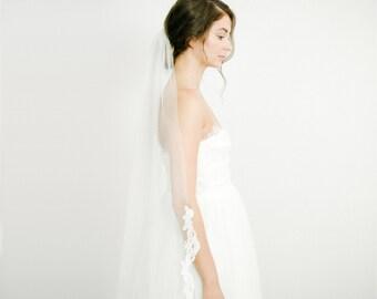 Tulle Veil, Simple Veil, Ivory Lace Single Tier Bridal Veil, Wedding Veil, Long Floor Length Veil, Modern Veil, Traditional Veil - Style 714