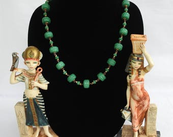 Vintage Egyptian Revival / Oriental Goldtone Chain & Nubby Molded Jade Green Peking Glass Bead Necklace