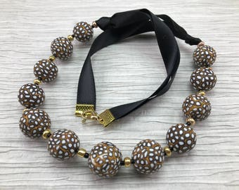 Black gold white classic necklace/Black white beaded necklace/Polymer clay jewelry/urban outfit/mothers day gift/summer outfit/womens gift