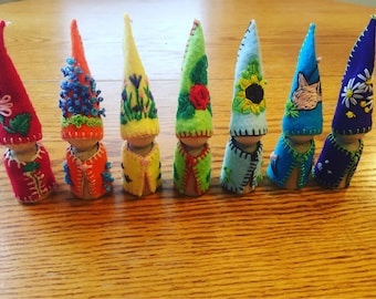 Rainbow flower gnomes peg dolls, waldorf Montessori toys, wood, natural toy, art toy, doll collectible, gnomes